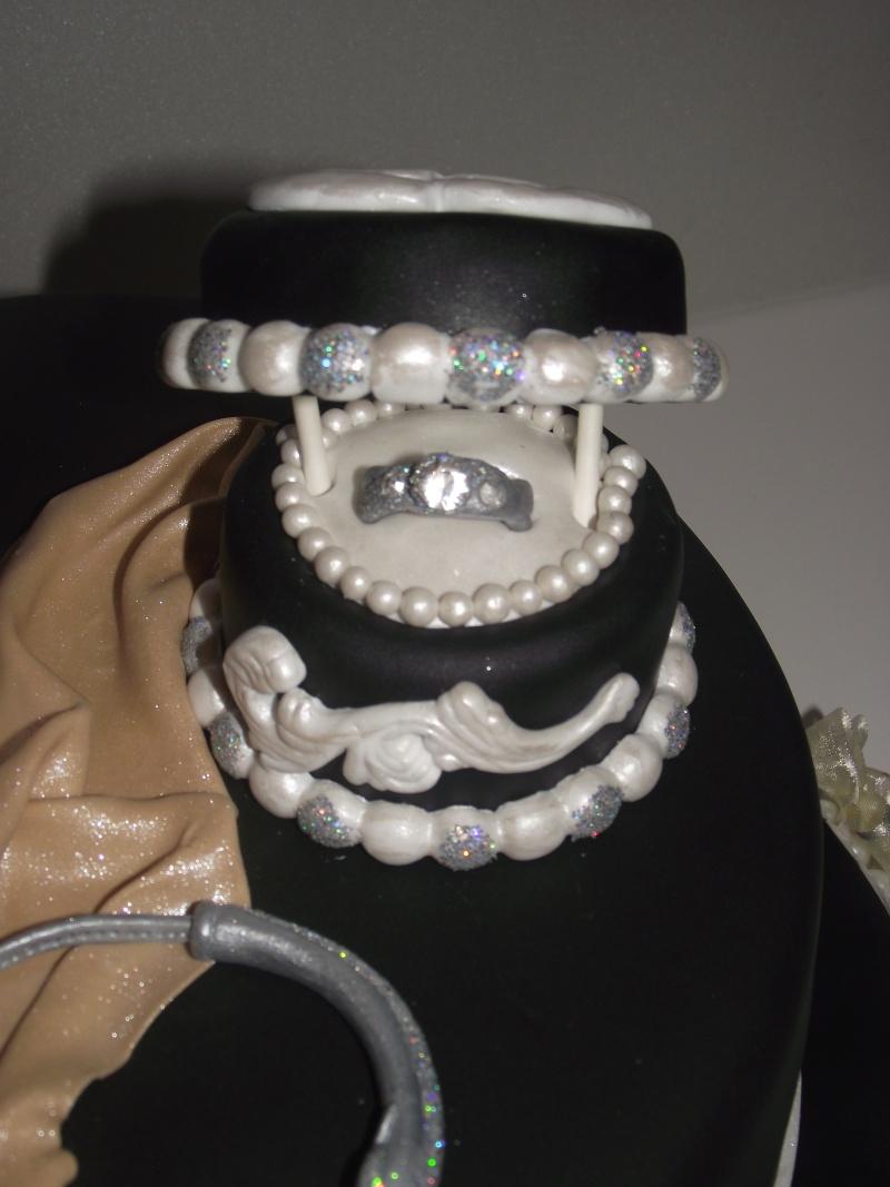 boîte à bijoux - Page 4 Dscf3921