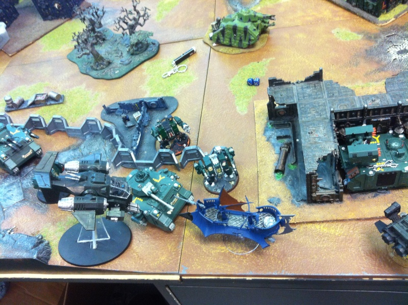 DE Sliscus Cult vs Iron Hands Armour Wall! Img_4216