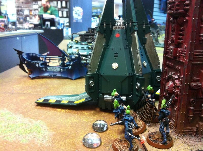 DE Sliscus Cult vs Iron Hands Armour Wall! Img_4239