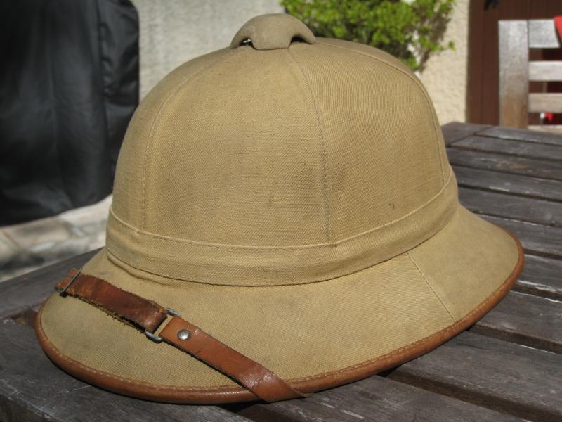 Montrez vos casques tropicaux Img_2831