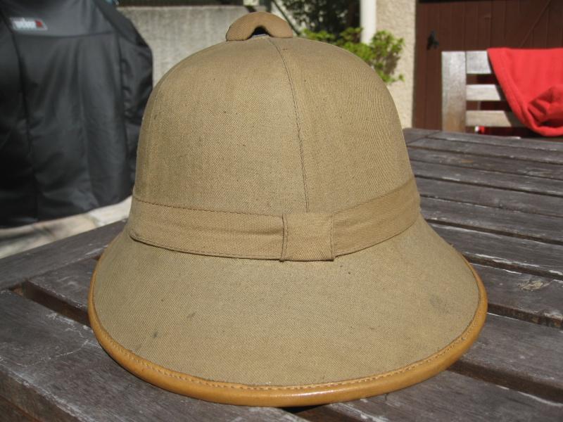 Montrez vos casques tropicaux - Page 2 Img_2842