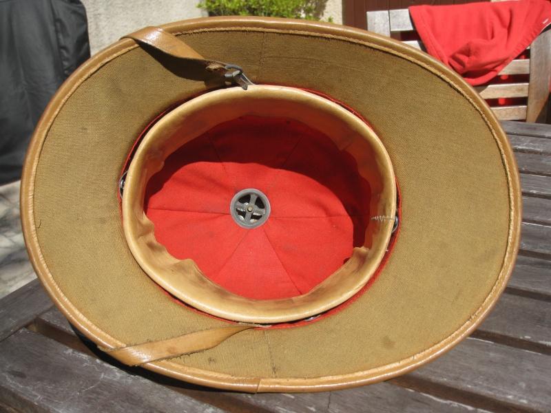 Montrez vos casques tropicaux - Page 2 Img_2843