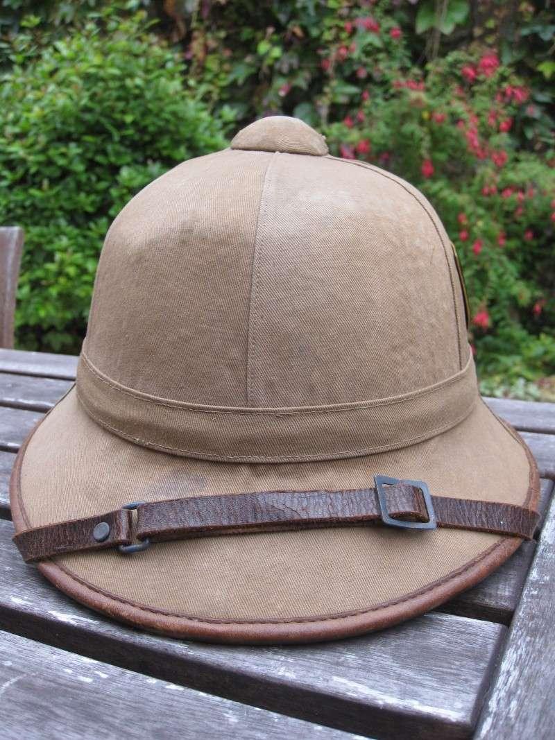 Montrez vos casques tropicaux - Page 2 Img_3027