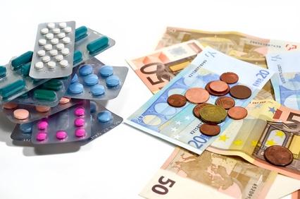 Les médicaments, une marchandise qui tue  Mydica10