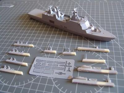HDMS Absalon L-16  Navire de Soutien Multifonctions - NNT 1/700 Hdms_a11