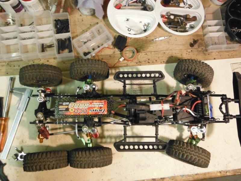 AXIAL 6x6 test d'une nouvelle façon de voir la transmission... Dscf5218