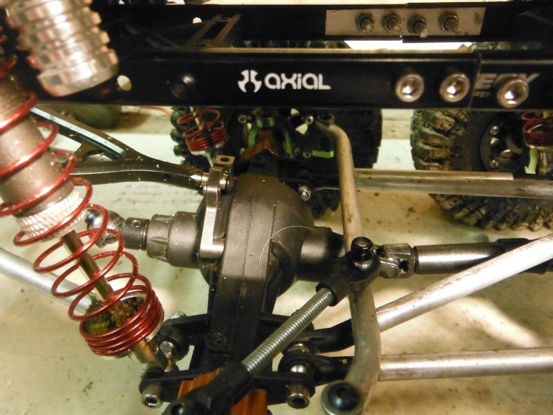 AXIAL 6x6 test d'une nouvelle façon de voir la transmission... - Page 2 Dscf5221