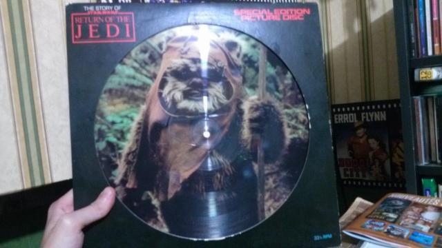Qui collectionne des vinyles??? Img79210