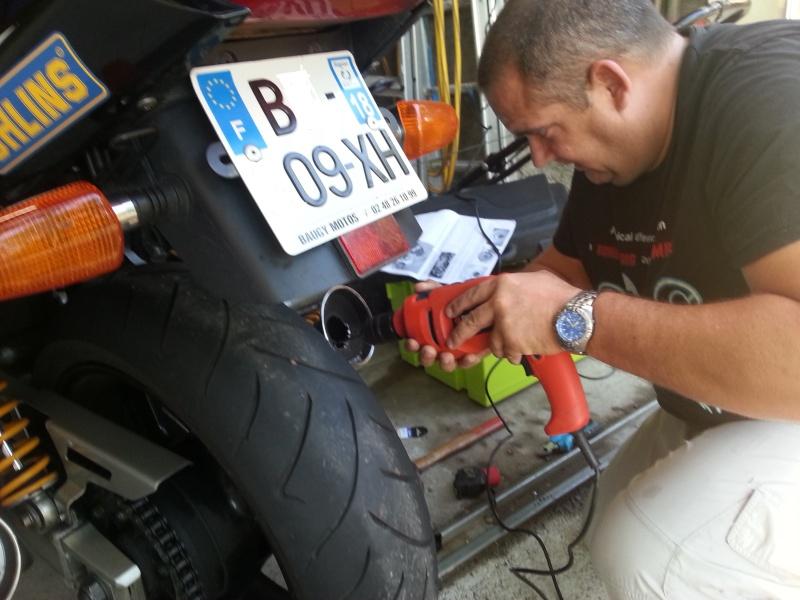 Les aventures de Tito dans le monde de la moto :) - Page 9 2014-011