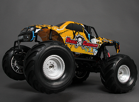 Traxxas Summit vs. Quanum Skull Crusher 23465-11