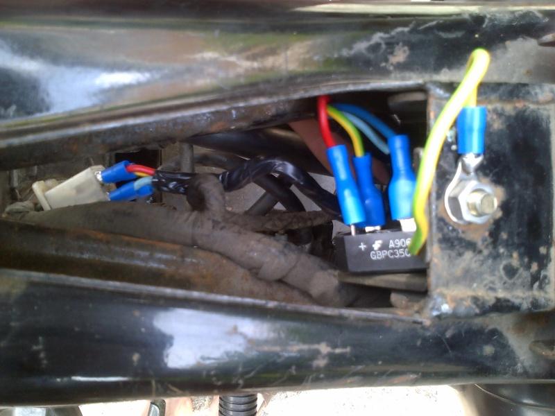 Problème moteur/batterie assez soudain  Clamar10