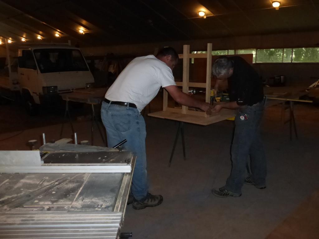 Table et bancs des crabots P1000011