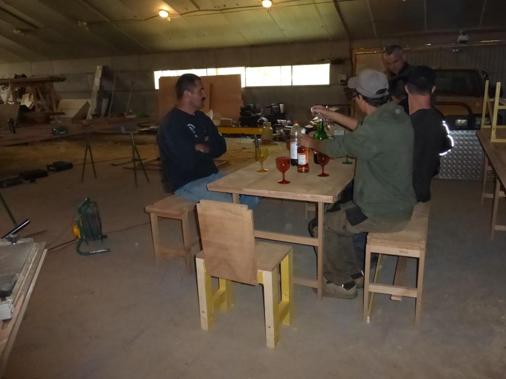 Table et bancs des crabots P1000016