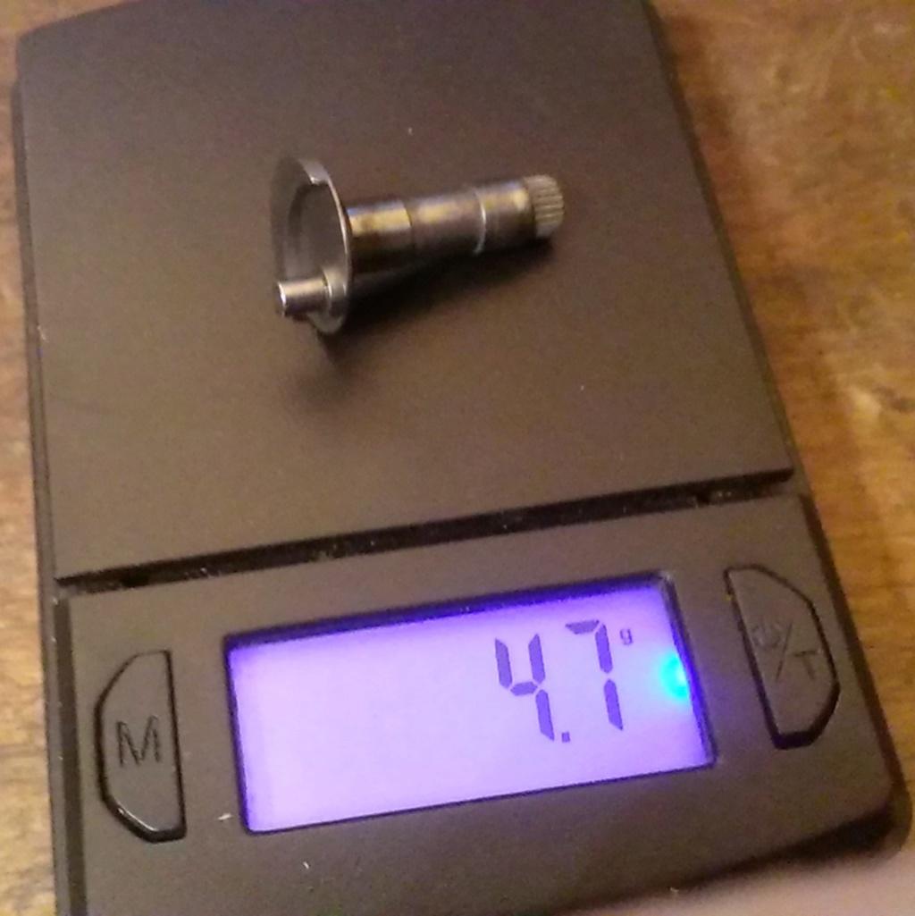 Cox aluminum piston? Imag9320