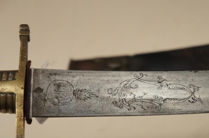 Sabre de Grenadier Mel 1767 -premiéres fabrication Dsc01010