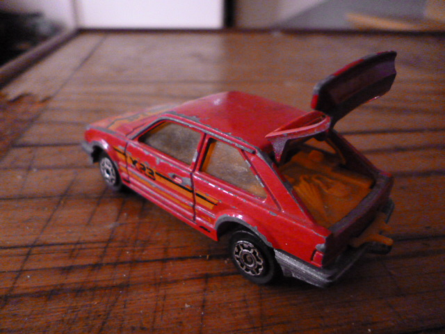 N°212 ford escort xr3 P1020130