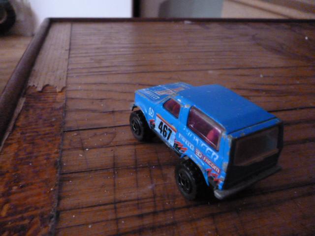 N°251 ford bronco P1020136
