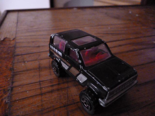 N°251 ford bronco P1020140