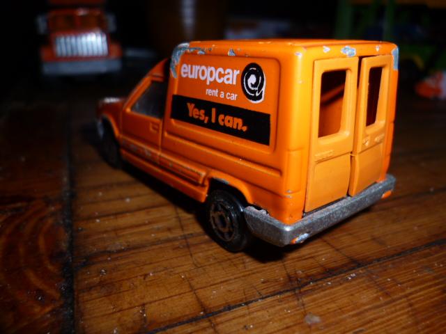 N°233 Renault Express P1020142