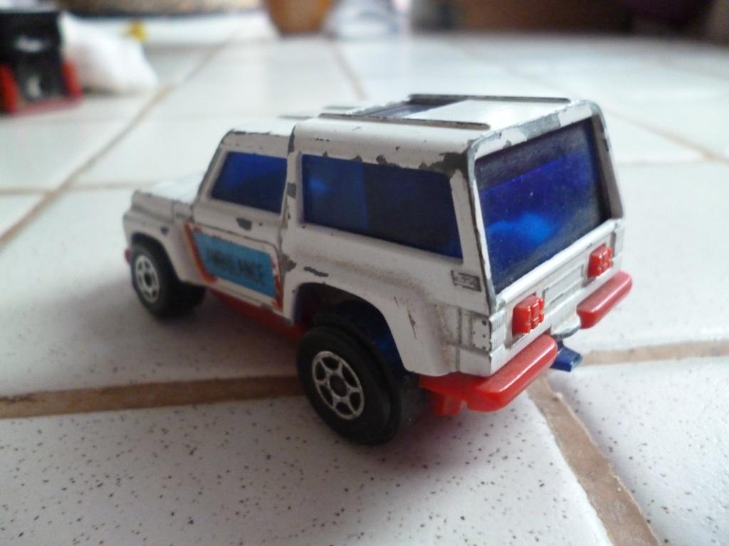 range rover P1020196