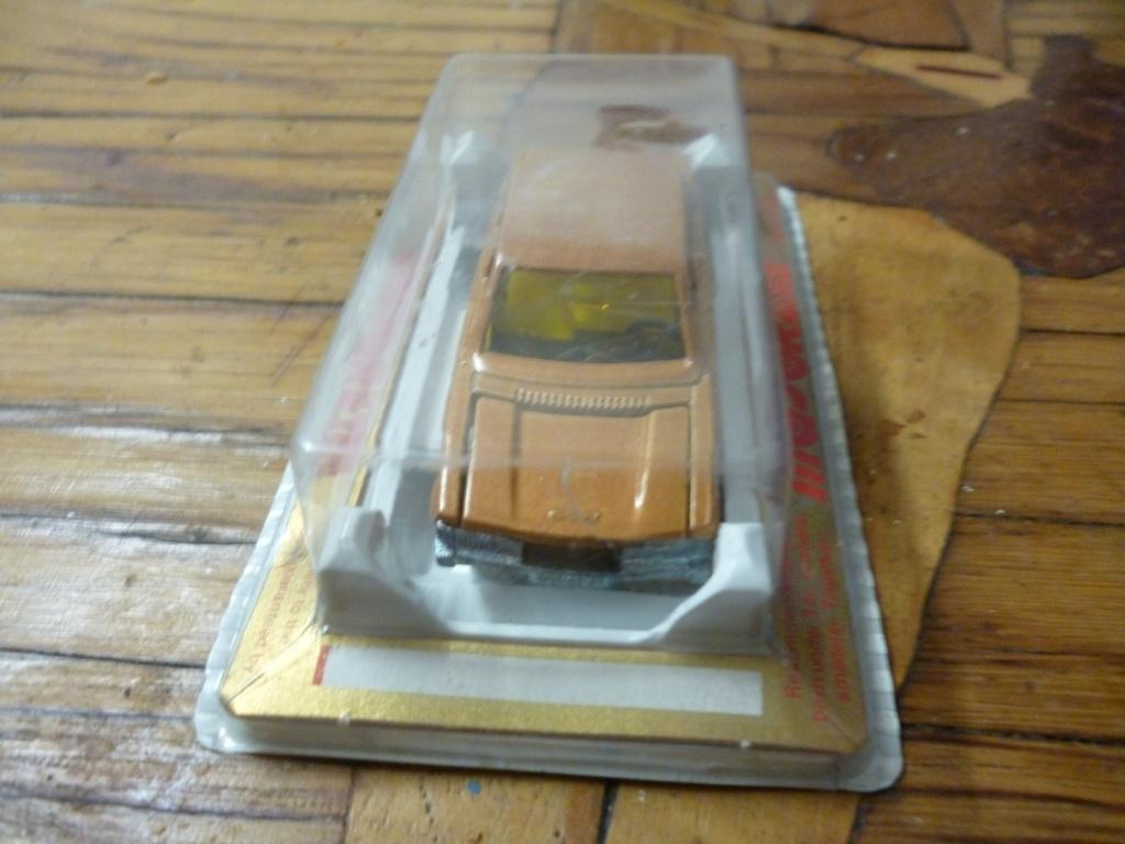 N°238 Peugeot 604 P1020236