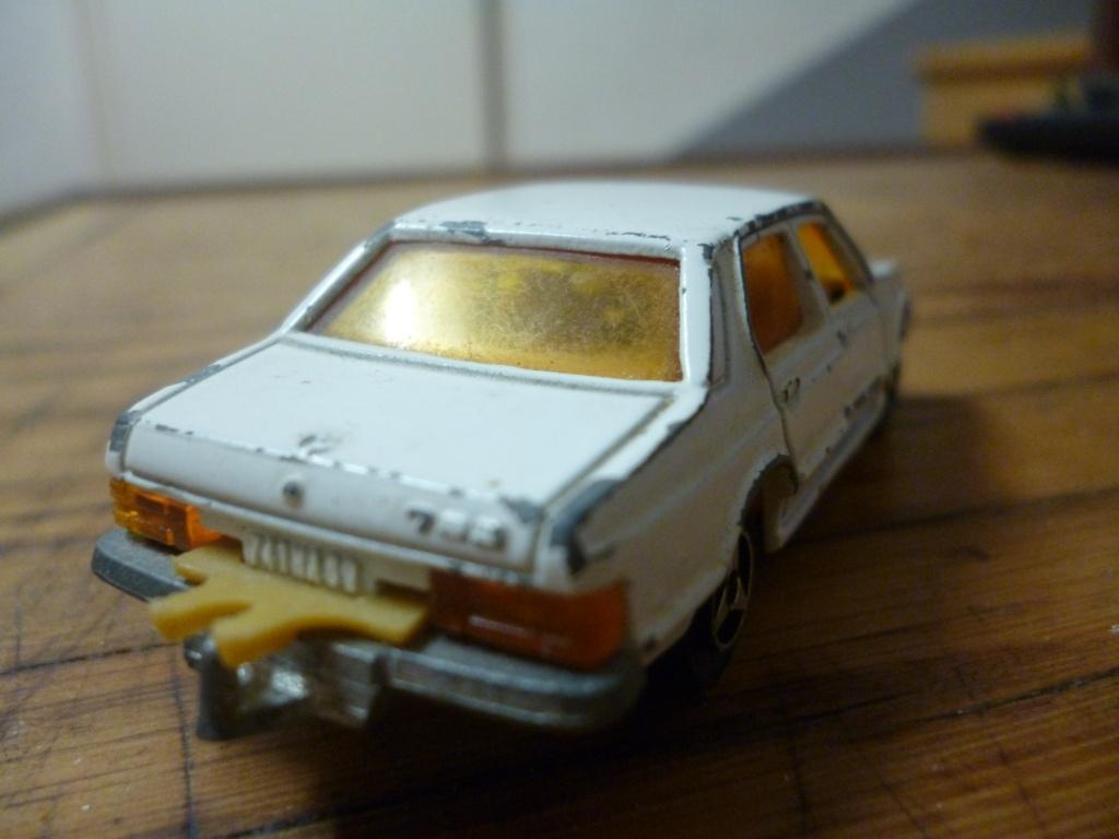 N°256 BMW 733  P1020243