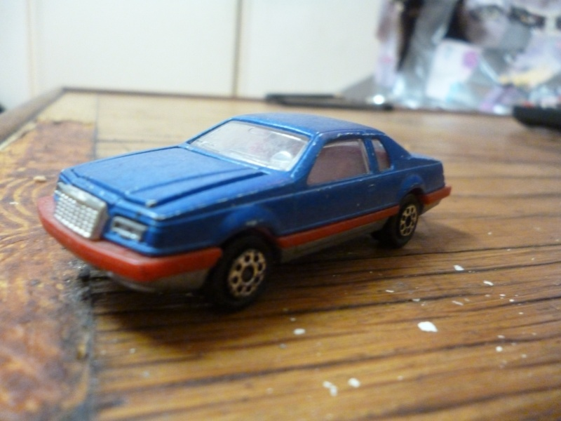 N°217 ford thunderbird P1020331