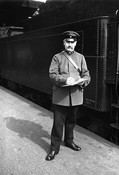 """DR (Deutsche Reichsbahn) """"TOME II"""" >> Drg_110"""