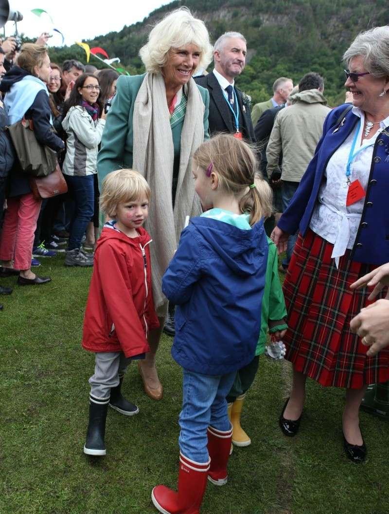 Carlos de Inglaterra y Camilla, Duquesa de Cornualles - Página 14 Ing610