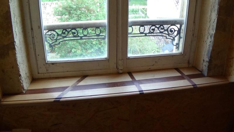 Une tablette de fenêtre contemporaine Dsc00356