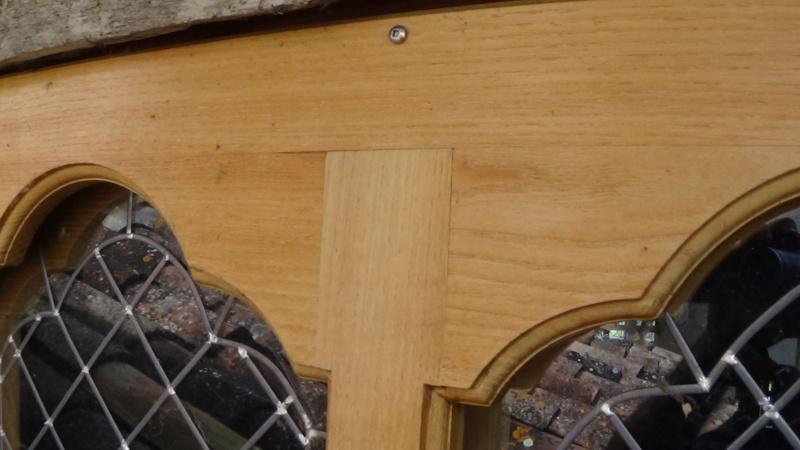 Un sur-cadre de fenêtre  Dsc00357