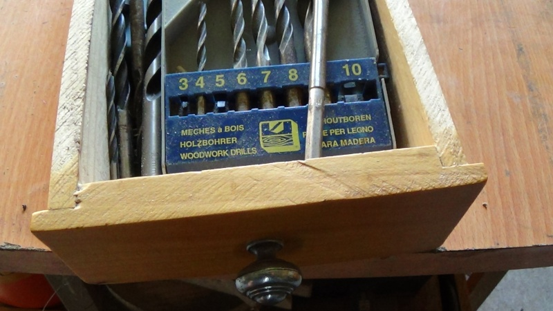 Fabrication de tiroir pour atelier : quelle méthode d'assemblage Dsc00421