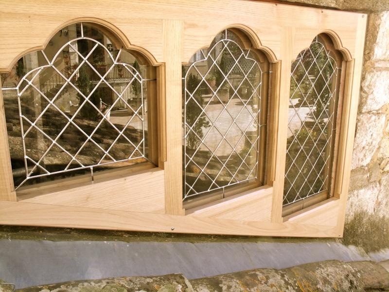 Un sur-cadre de fenêtre  Gedc3217