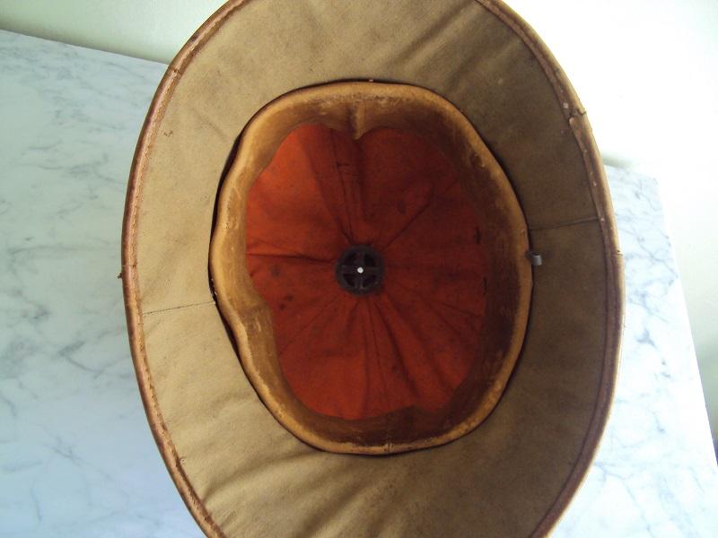 Montrez vos casques tropicaux - Page 2 Dsc08633