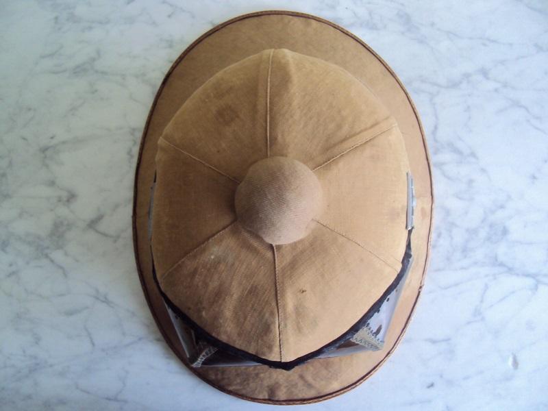 Montrez vos casques tropicaux - Page 2 Dsc08634
