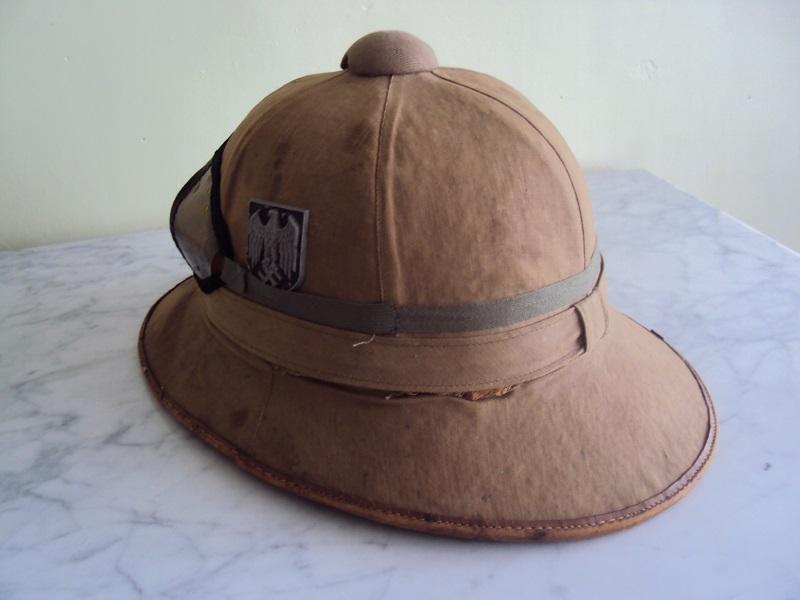 Montrez vos casques tropicaux - Page 2 Dsc08635