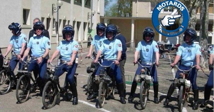 Pour la Gendarmerie ? Motard11