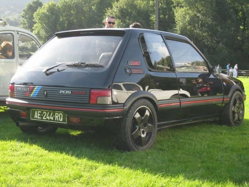 [Steft16] 205 GTI T16 - Noir Onyx 10420310