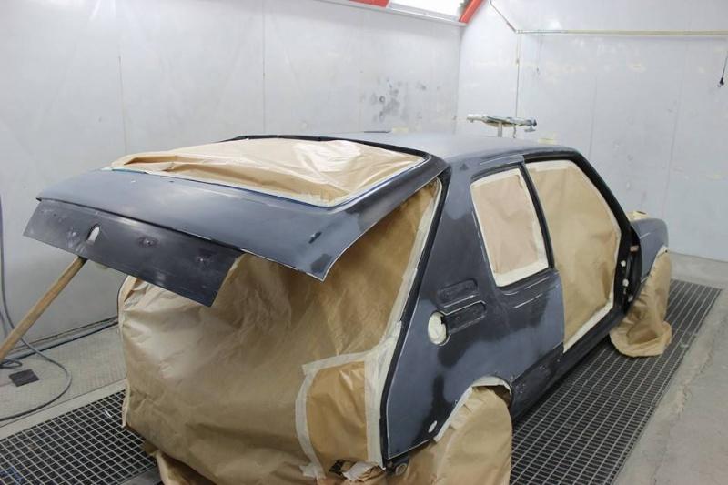 [Steft16] 205 GTI T16 - Noir Onyx 13766510