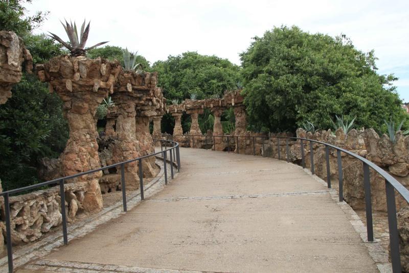 Gaudi, fou ou génie?  Img_0021
