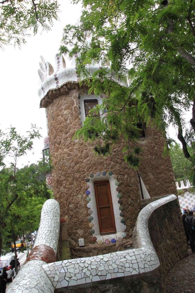 Gaudi, fou ou génie?  Img_0039