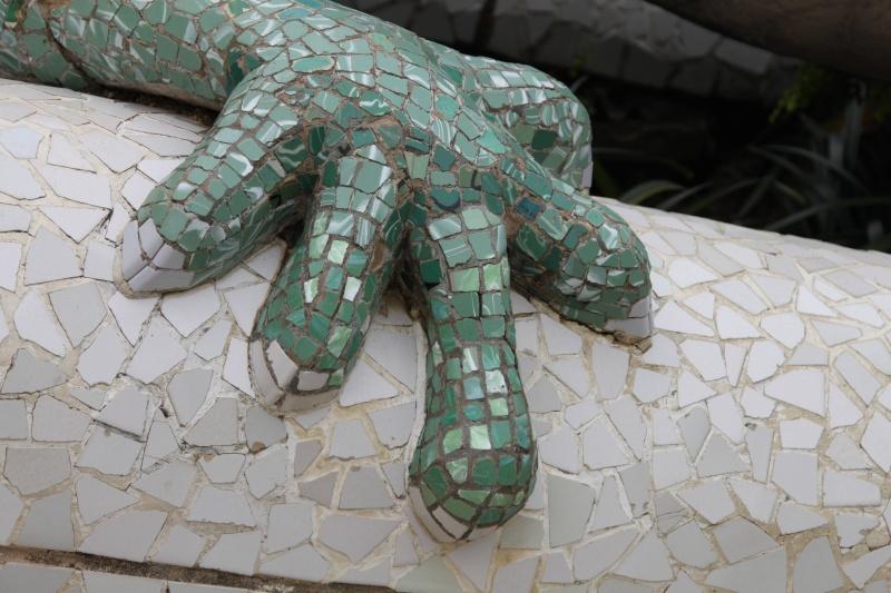 Gaudi, fou ou génie?  Img_0126