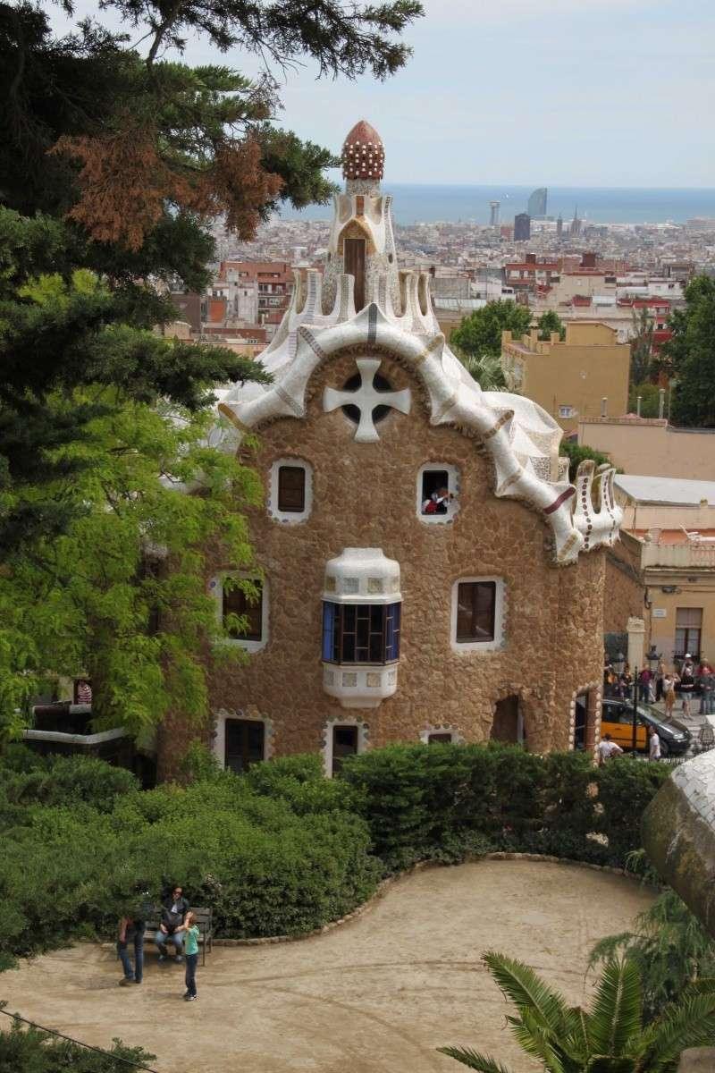 Gaudi, fou ou génie?  Img_0131
