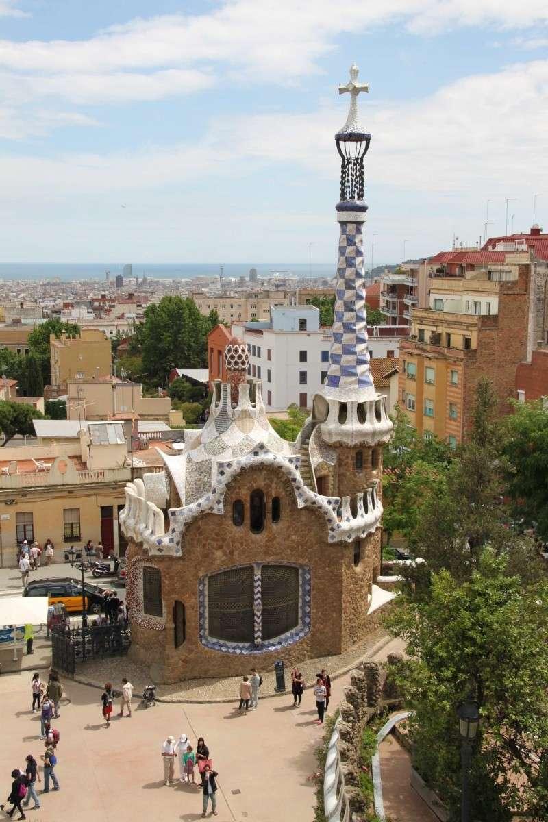 Gaudi, fou ou génie?  Img_0132