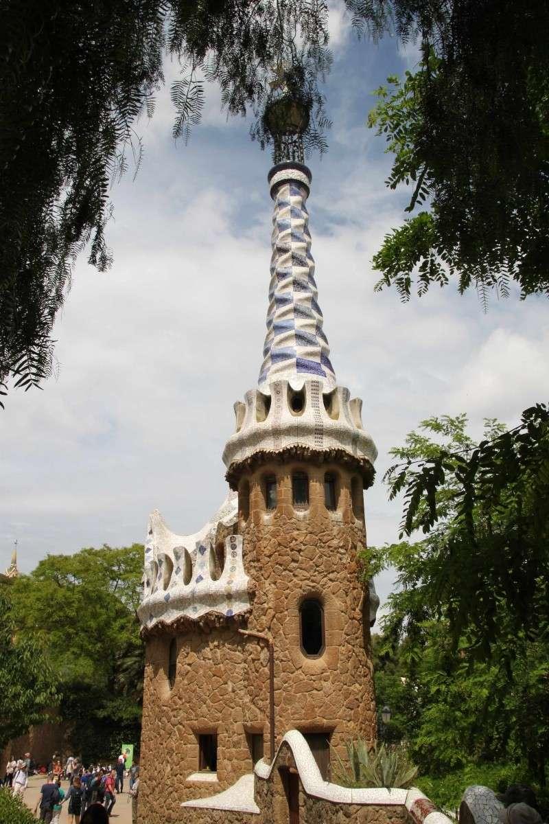 Gaudi, fou ou génie?  Img_0139
