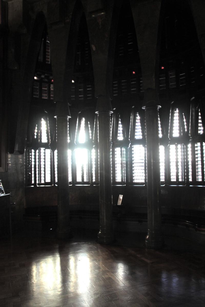 Gaudi, fou ou génie?  Img_9627