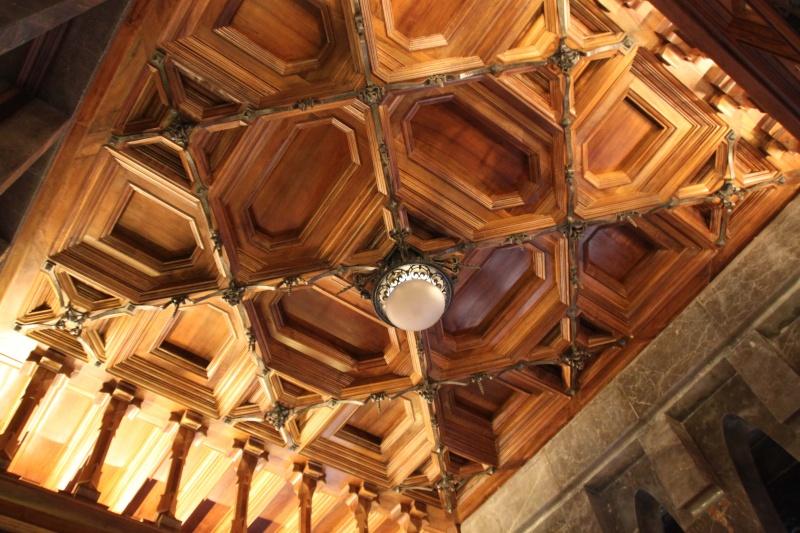 Gaudi, fou ou génie?  Img_9628