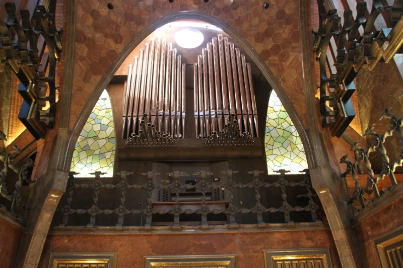 Gaudi, fou ou génie?  Img_9718