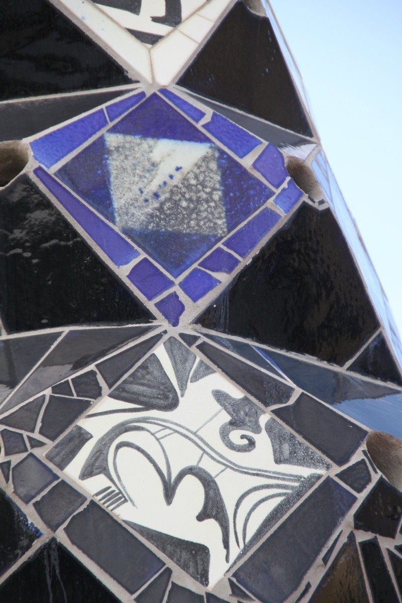 Gaudi, fou ou génie?  Img_9734