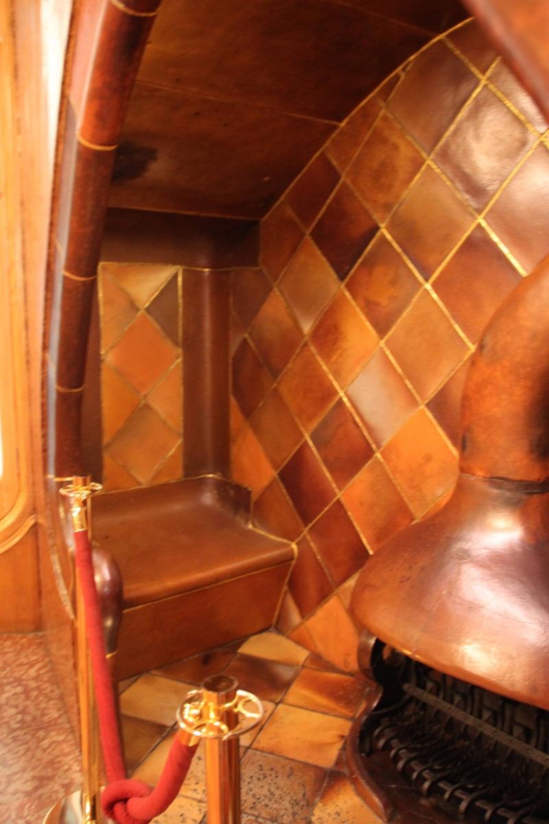 Gaudi, fou ou génie?  Img_9757